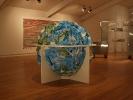 Смятый глобус