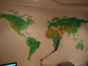 Карта на стене -6