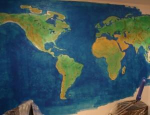 Карта на стене -7