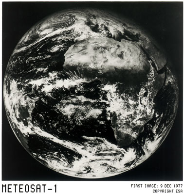 Первое фото Земли со спутника