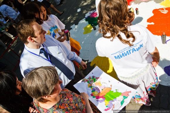 Карта России на главной площади Московского университета