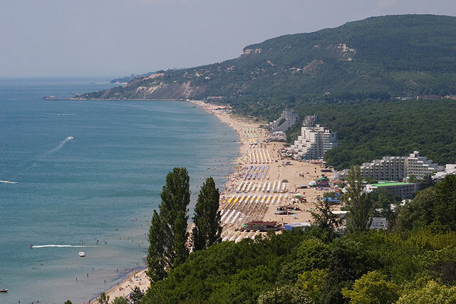 Бари италия погода август