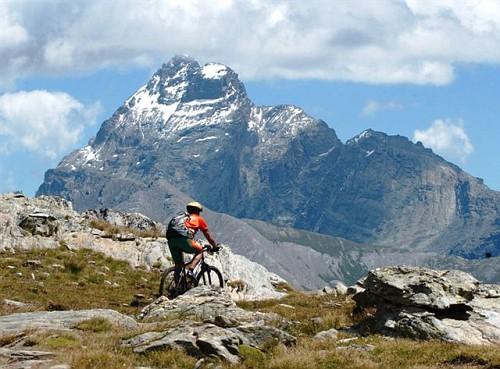 горный велосипед в Альпах