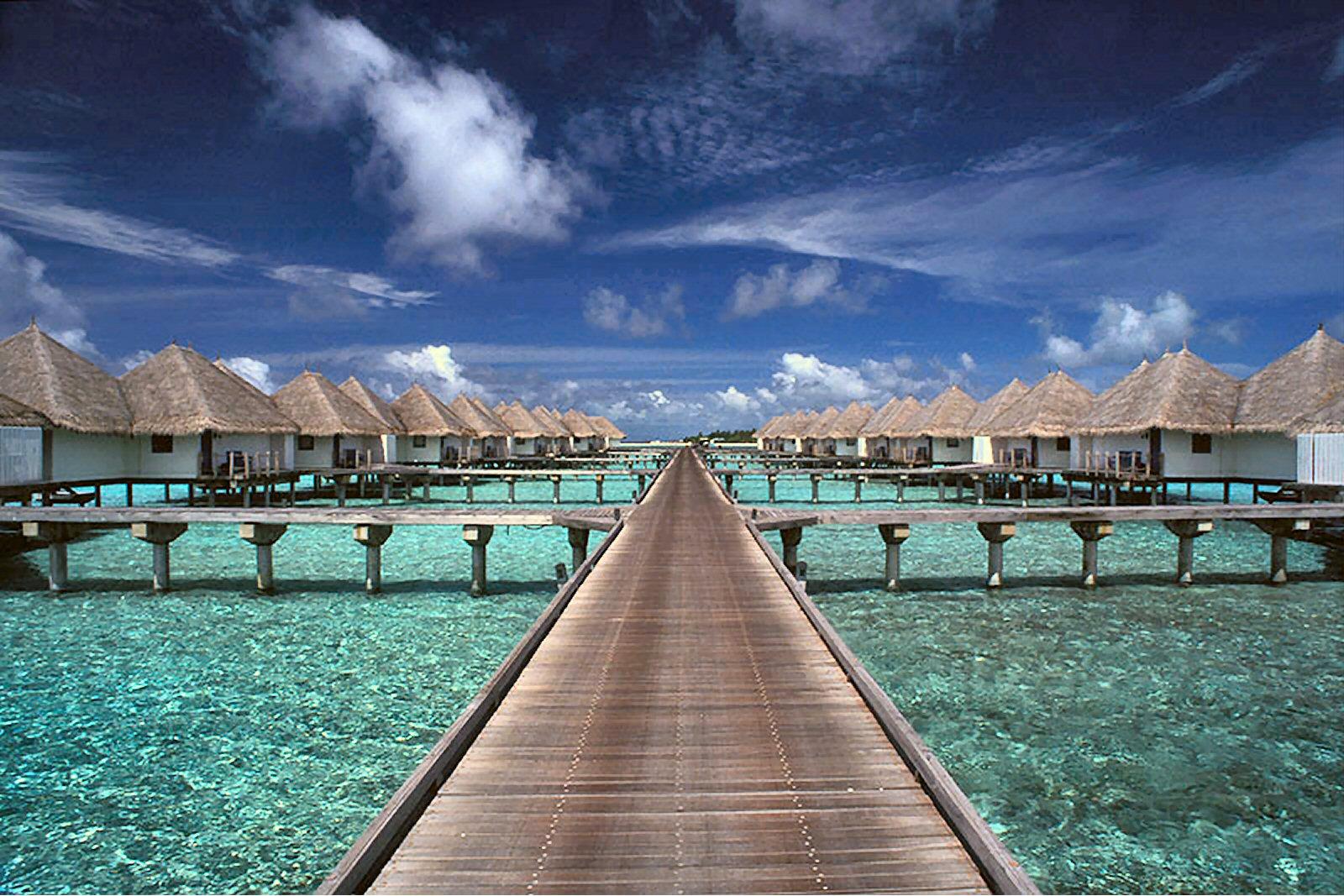 http://www.infokart.ru/wp-content/uploads/2011/01/travel-maldives.jpg
