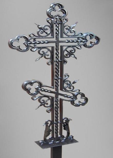 Крест как памятник. Смысловое значение.  Виды крестов